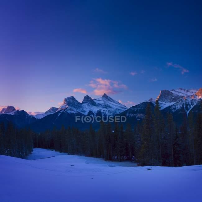 Scenic montagne en hiver — Photo de stock