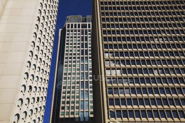 Marriott Hotel und zwei Tower — Stockfoto