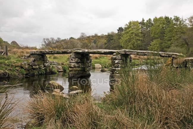 Clapper Bridge In Dartmoor National Park — Stock Photo