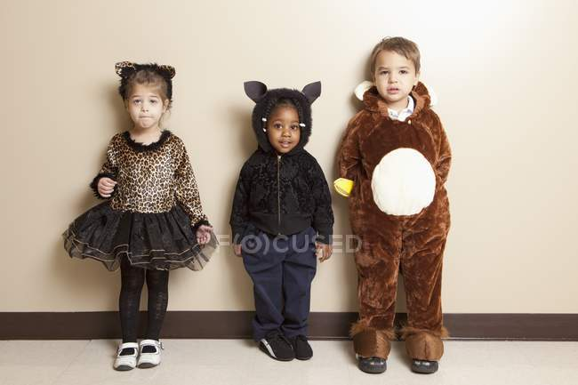 Fort Lauderdale, Florida, Stati Uniti d'America; Tre bambini vestiti con costumi di Halloween — Foto stock