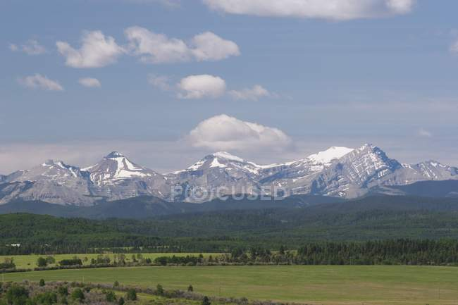 Mountain Range And Foothills — Stock Photo