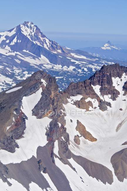 Сломанной зверху і три сестри гірський хребет — стокове фото