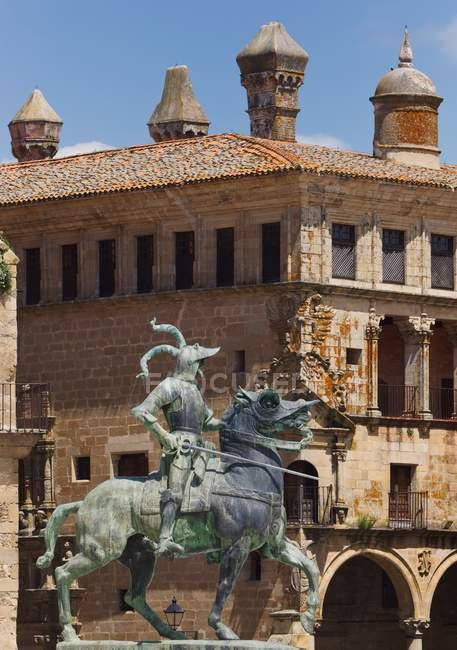 Statue Of Conquistador Francisco Pizarro — Stock Photo