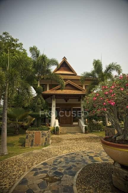Front Entrance Of Horizon Resort — Stock Photo