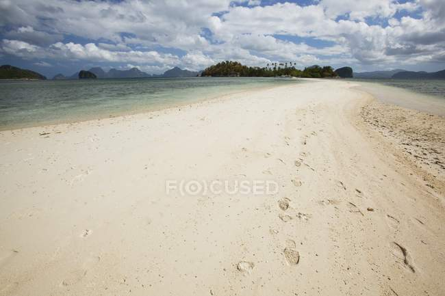 Pure White Sands Of Snake Island — Stock Photo