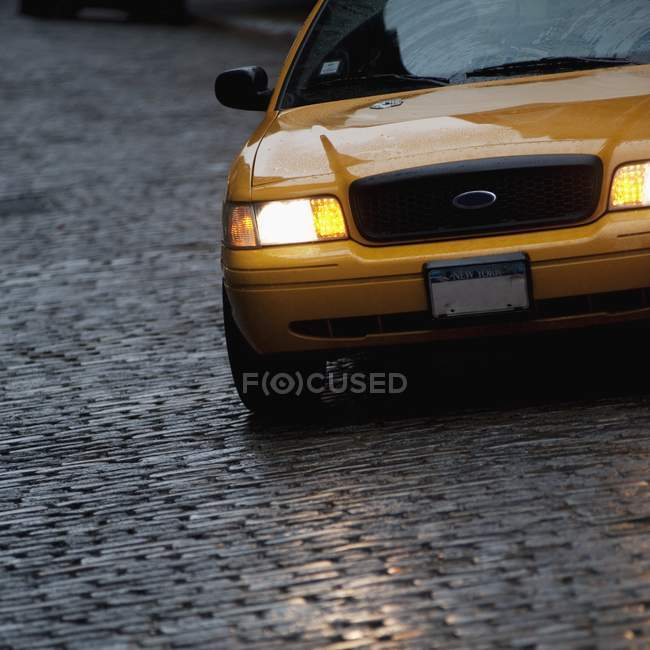 Front Of Yellow Vehicle — Stock Photo