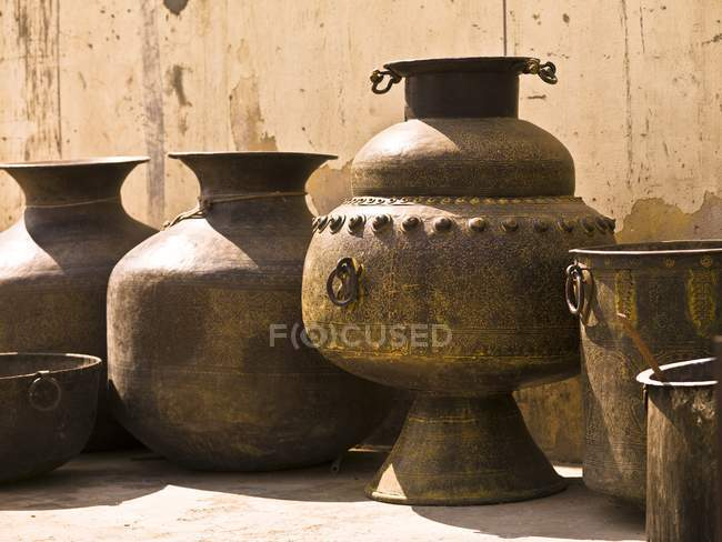 Antique Traditional Hand Crafted Jugs, Jaipur, India — Stock Photo
