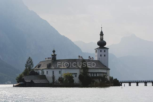 Schloss Ort, Traunsee Lake, Austria — Stockfoto