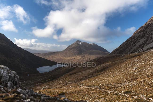 Rocky path leading towards ben damph — Stock Photo