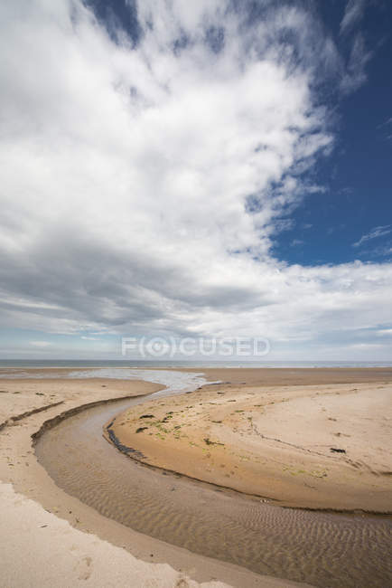 A stream formed in a circular shape — Stock Photo