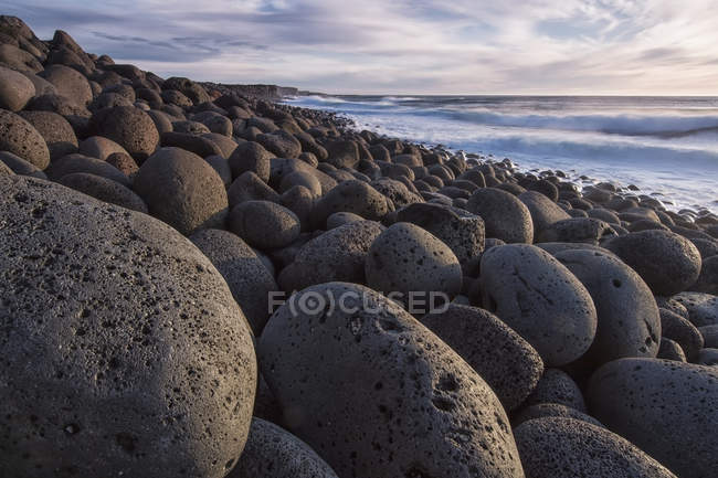 Rounded Rocks Along Coast — Stock Photo