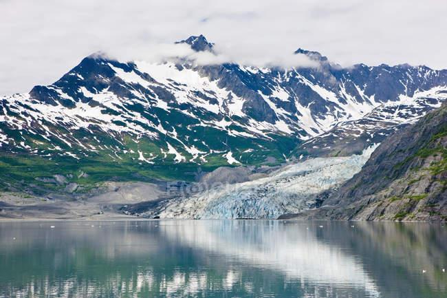 Glaciar Shoup refleja - foto de stock