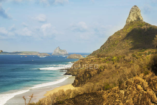 Morro do pico from baia dos porcos — Stock Photo