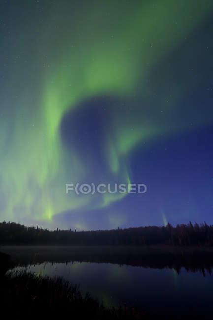 Aurora Borealis über Süden Rolly See — Stockfoto
