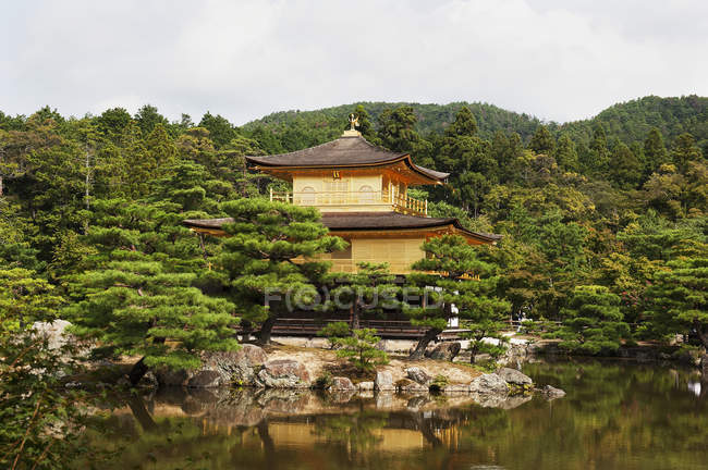 Kinkaku-Ji, Temple Of Golden Pavilion — Stock Photo