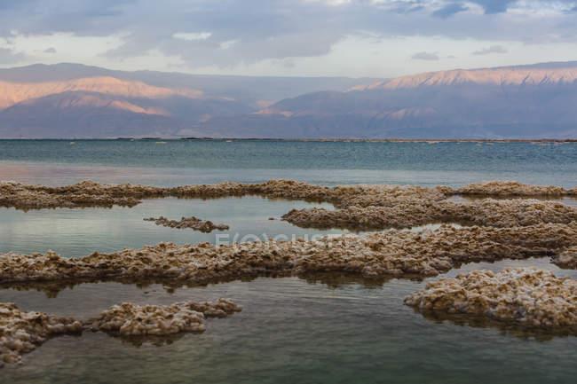 Totes Meer in der Dämmerung — Stockfoto