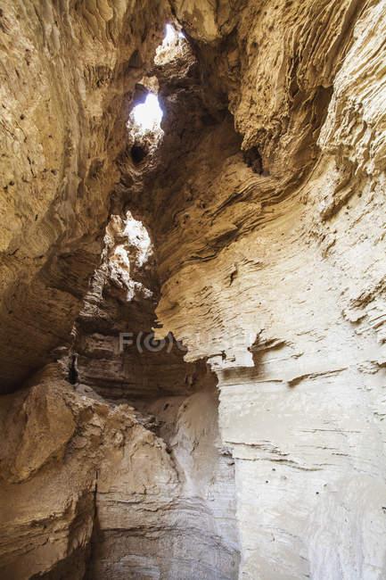 Стіни печери з солоною утворень — стокове фото