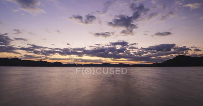 Lac Cave Run au coucher du soleil — Photo de stock