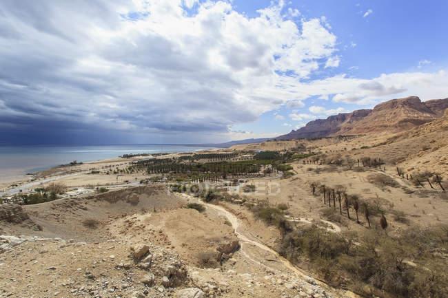 Пейзаж и мертвое море — стоковое фото
