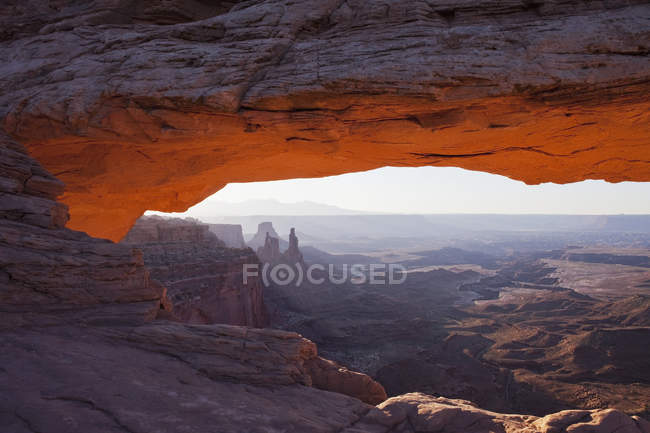 Laranja brilhante de brilhos arco inferior — Fotografia de Stock