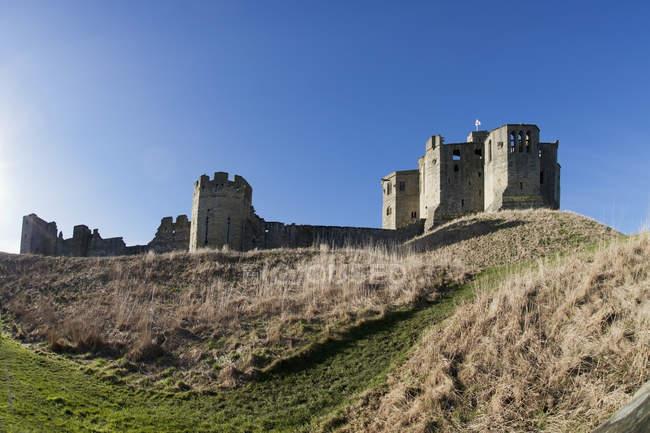 Warkworth Castle Against A Blue Sky — Stock Photo