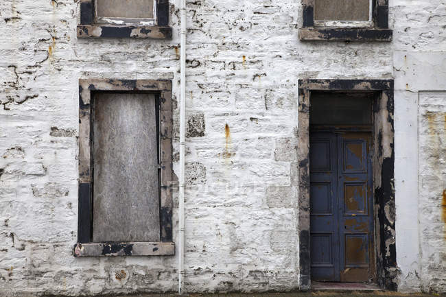 Old Weathered Building — Stock Photo