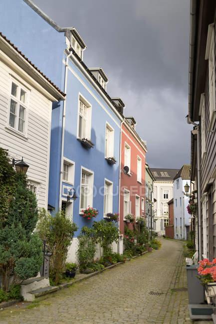 Colourful Houses Along Street — Stock Photo