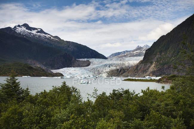 Glaciar de Mendenhall e Bay — Fotografia de Stock