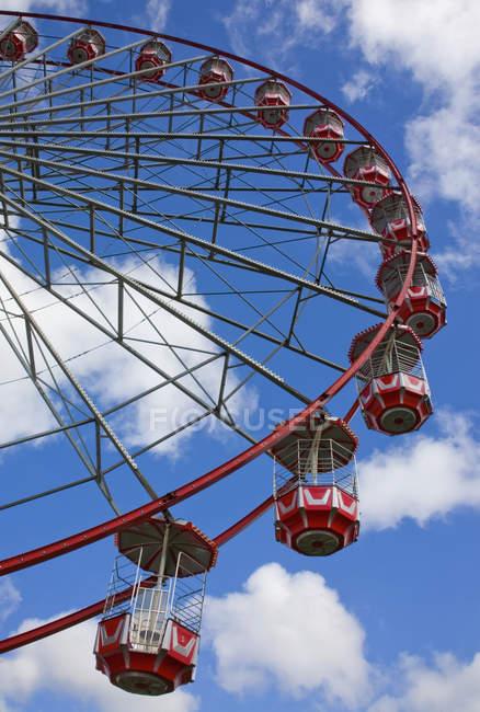 Grande Ferris Whee vermelho — Fotografia de Stock