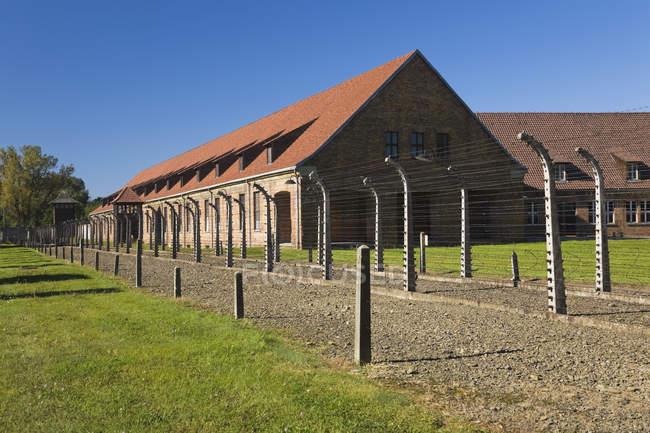 Освенцим I бывший нацистский концентрационный лагерь — стоковое фото