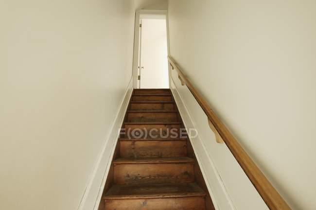 Low Angle View Of escalier — Photo de stock