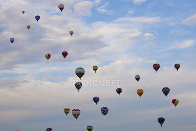 Palloni aerostatici in volo — Foto stock