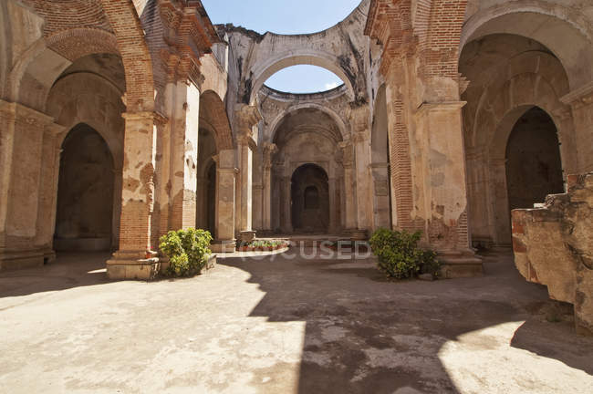 Ruines de la cathédrale Saint-Joseph — Photo de stock