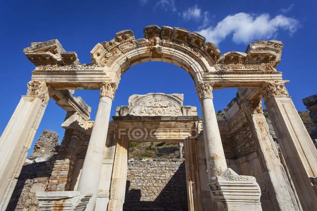 Храм Адріана в Ефес — стокове фото