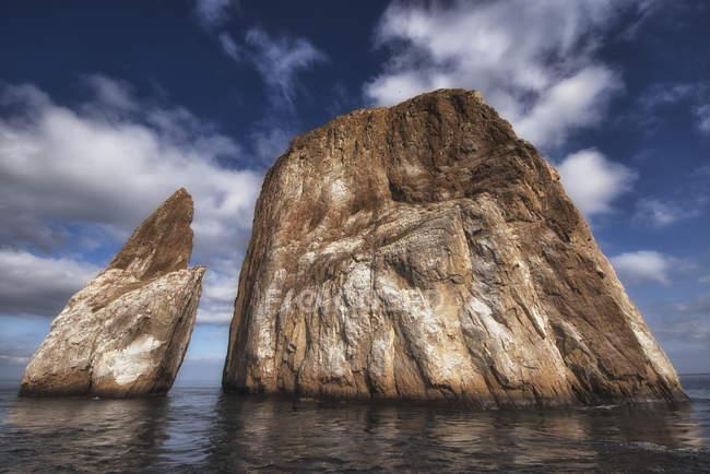 Большие скалы — стоковое фото