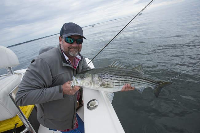 Pêche dans le port de Boston; Boston, Massachusetts, États-Unis d'Amérique — Photo de stock