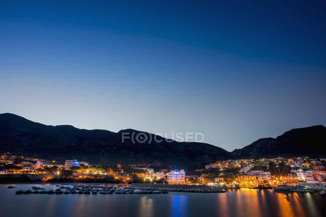 Cala Gonone à noite — Fotografia de Stock