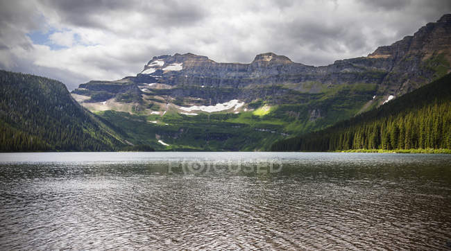 Cameron Lake, Waterton Lakes National Park — Stock Photo