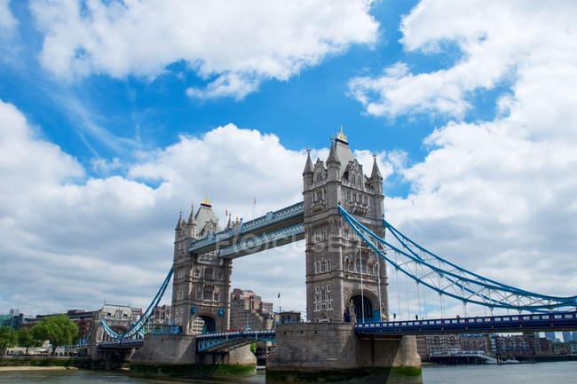 Ponte da Torre sobre o Rio Tamisa — Fotografia de Stock