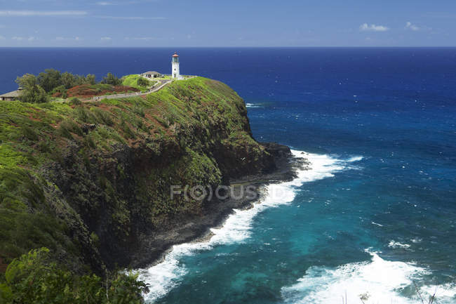 Kilauea Lighthouse,on cliff over water — Stock Photo