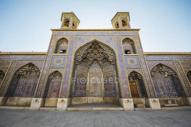 Azulejos de Shirazi haft rangi - foto de stock
