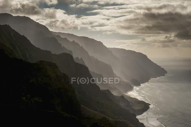 Finales más tarde de la costa de Na Pali - foto de stock
