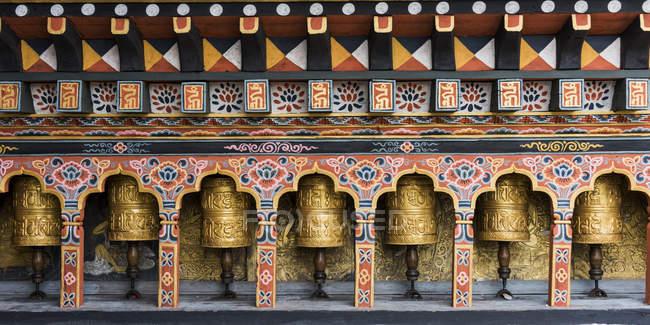 Rodas de oração no templo — Fotografia de Stock