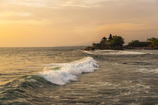 Вид на воде волны — стоковое фото