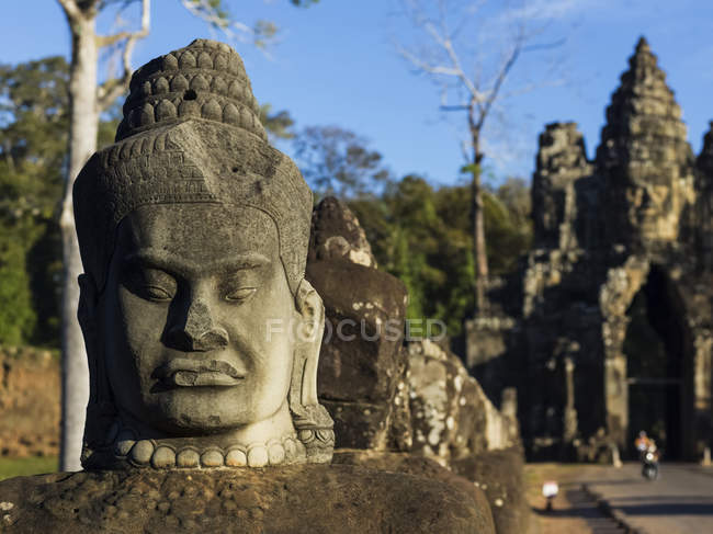 Buddhist statue, Siem Reap — Stock Photo