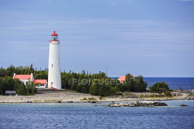 Farol na ilha de Cove — Fotografia de Stock