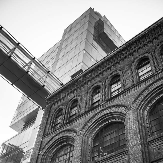 Moderno grattacielo di vetro, Toronto — Foto stock