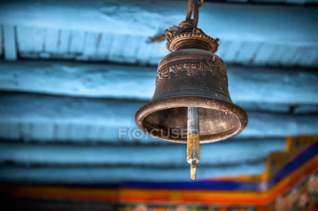 Белл висить в тибетські монастирі — стокове фото