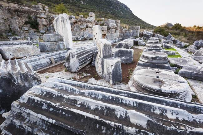 Руїни храму Серапіса — стокове фото