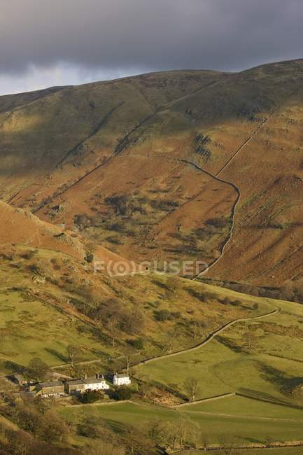 House In A Valley, England — Stock Photo